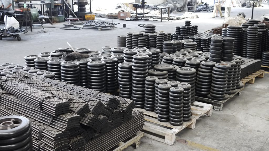 various rubber products manufactured by Dongfeng Rubber